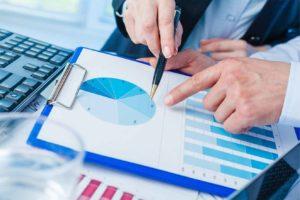 mutual fund analyst